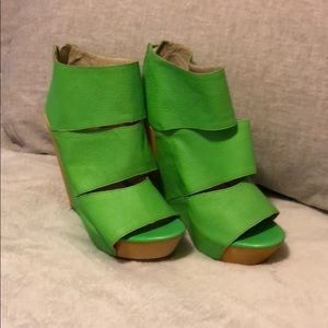 Brand new Messeca neon green shoes . Size 7.5